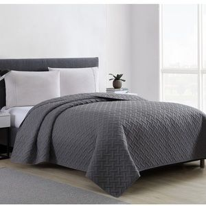 Mainstays gray quilt comforter blanket Full queen
